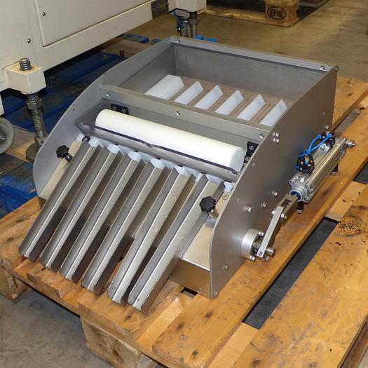Gebraucht gebr. Trüffelaufleger SOLLICH ohne Maschinenschild mit 6 Produktrinnen
