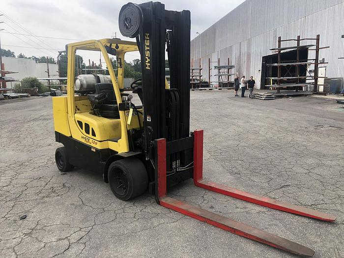 Used 12,000 POUND HYSTER S120FTPRS W/ 6' FORKS MFG. 2011