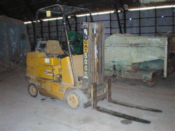 Used 5,000 lb. Caterpillar T50B Forklift; Diesel Engine