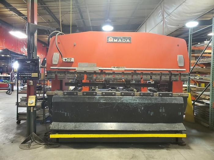 Used 1984 110 Ton Amada RG-100 CNC Press Brake
