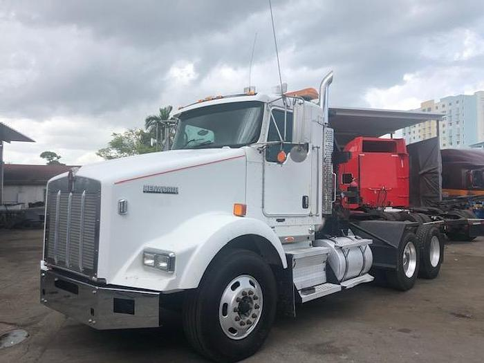 Used 2007 KENWORTH T-800 WINCH TRUCK