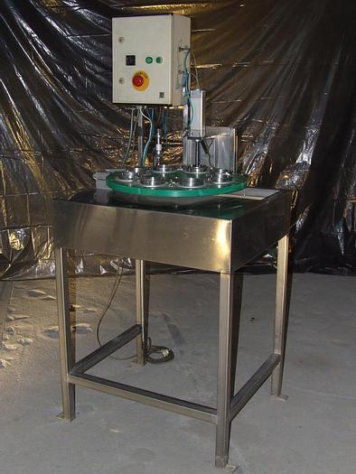 Used Półautomatyczna, pneumatyczna krajalnica do jabłek na części