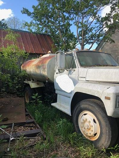 Used 1990 Ford 800