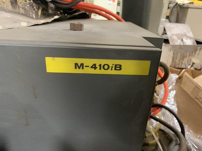 FANUC M410iB/160 PALLETIZING ROBOT WITH RJ3iB CONTROLLER 160KG X 3140 MM REACH