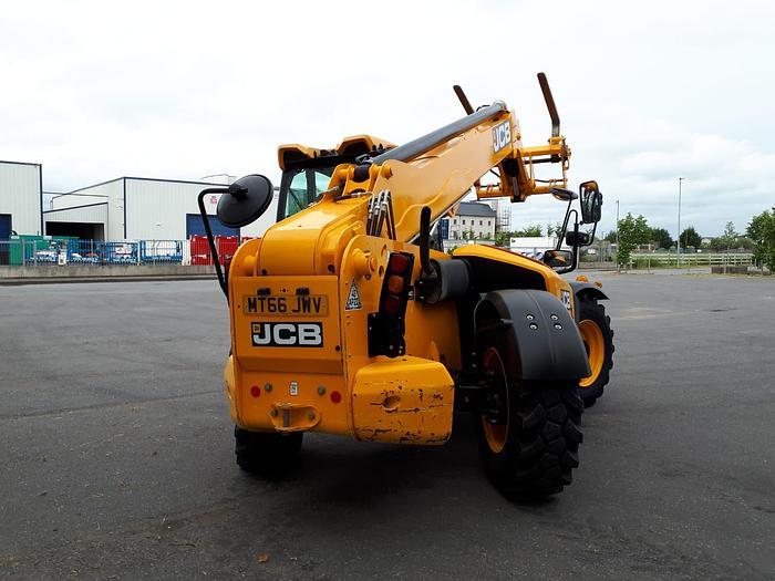 JCB 540-140 – 14m reach