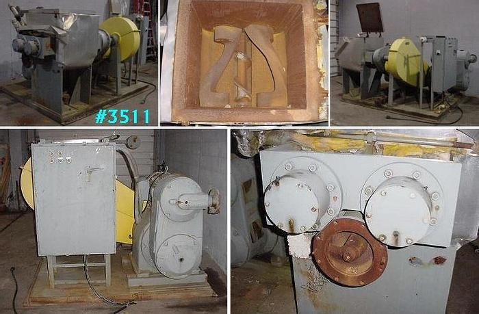 Used 25 GALLON J.H. DAY MIXTRUDER – JACKETED WITH CONTROL PANEL – #3511