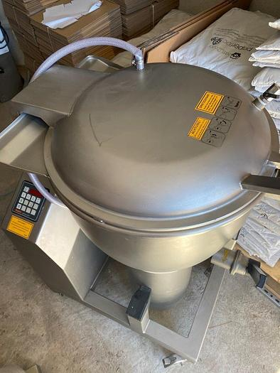 Universal Mixer Cutter