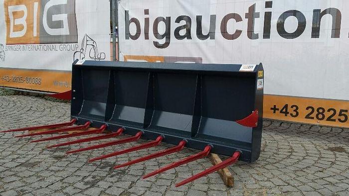 Mistgabel 210 cm pass. zu Euro Aufnahme