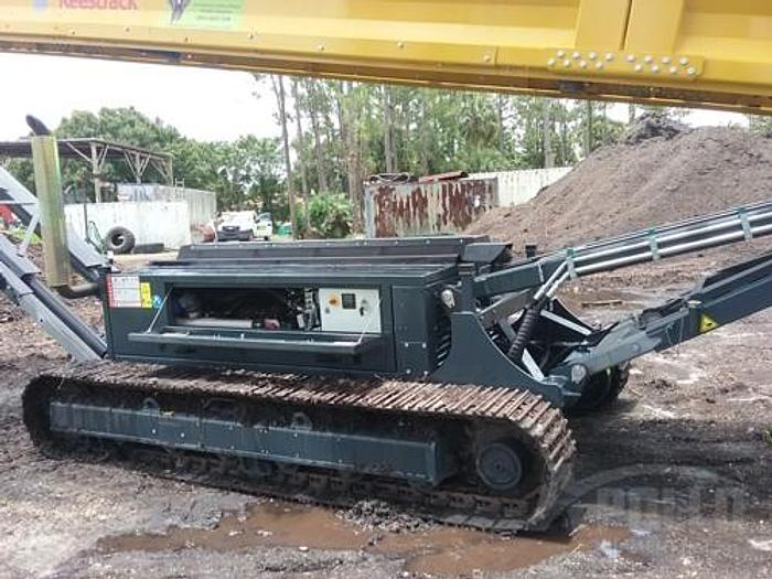 Used 2006 Keestrack Tracked Frontier Screener with 2017 Stacking Conveyor