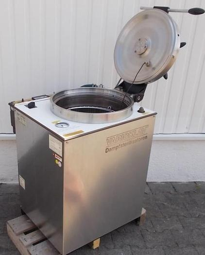 Used Q 14330 D - Autoclave / Steam Steriliser VARIOKLAV 400 E