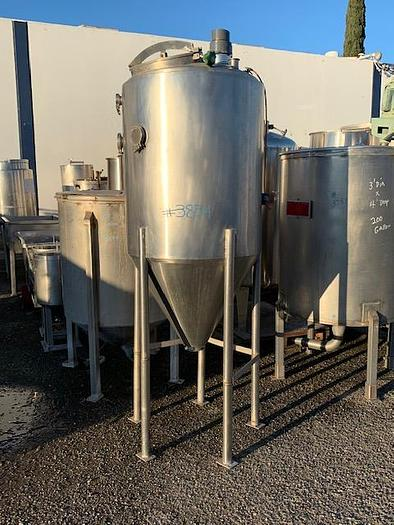 150 Gallon Vertical Stainless Steel Jacketed Tank