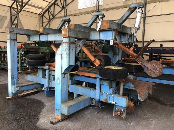 Used AKE, log centering conveyor