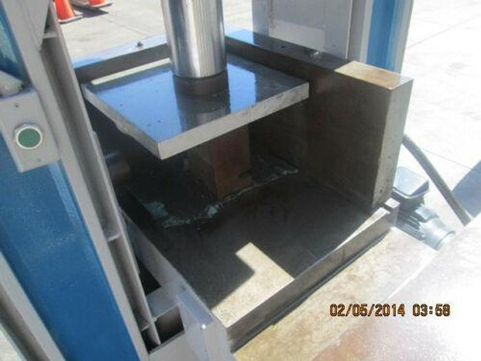 EXPENSIVE CUSTOM 200 TON 3 WAY HYDRAULIC PRESS. 1 MAIN, 1 SIDE, 1 SHUTTLE TABLE