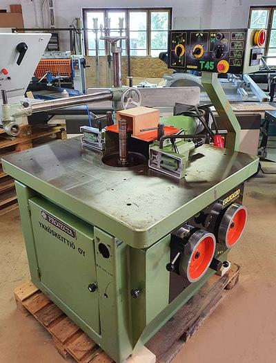 Used 1990 GRIGGIO ITALY swivel spindle milling machine model T45