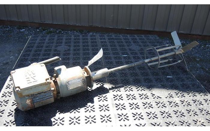 USED SEW EURODRIVE TOP ENTRY MIXER, 0.5 HP