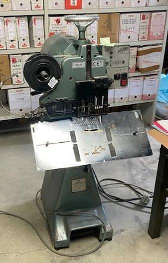 Utilisé 1997 INTROMA ZD-2S