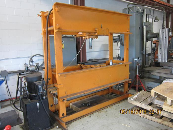 1986 Roger Hydraulic H Frame Press  SW - 150- 13 -100X
