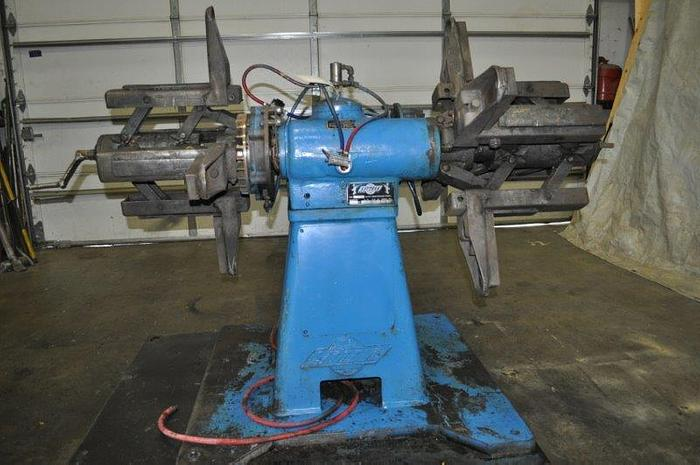 Used 2,000# LITTELL DOUBLE END UNCOILER