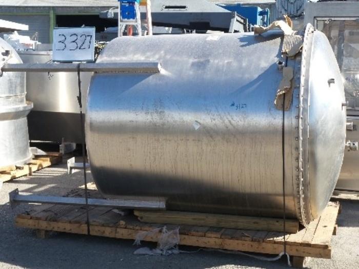 1,000 Gallon Vertical Stainless Steel Tank #3327