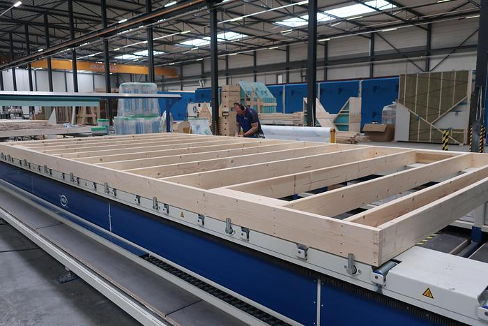 Automatic Timber Frame Assembly Station