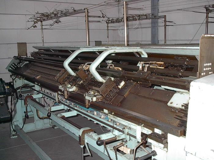Gebraucht Flachstrickmaschine DIAMANT  DFA1U E05/183