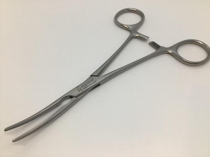 Used Clamp Atraumatic DeBakey Vascular Jaw 40mm Curved 155mm