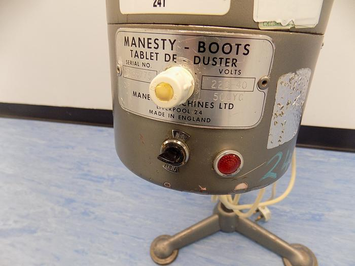 Used Manesty Boots Tablet De-duster