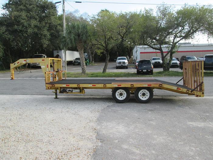 2007 Imperial trailers  Deck over gooseneck equipment