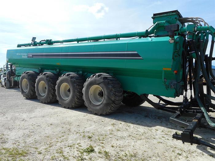 Used HOULE EL48-8D8800 Manure Tanker
