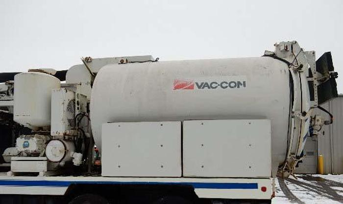 Used 2006 Vac-Con Combo Unit- Stock #: 8669