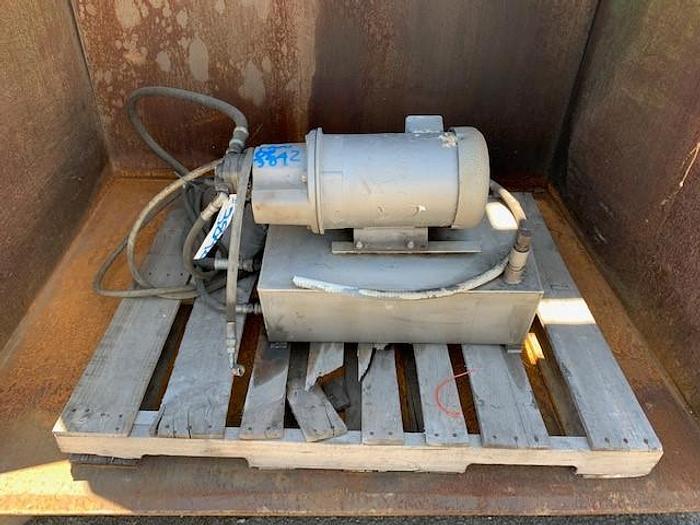 Hydraulic Dumper