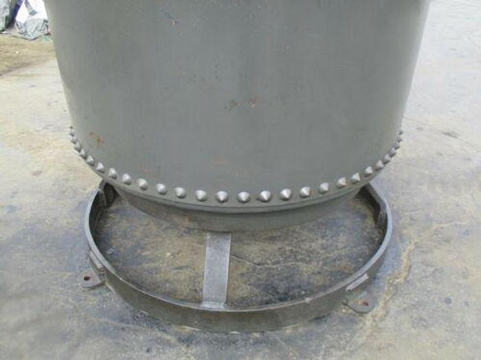 VINTAGE ANTIQUE 1000 GALLON VERTICAL AIR COMPRESSOR TANK WITH RIVETS AND STAND
