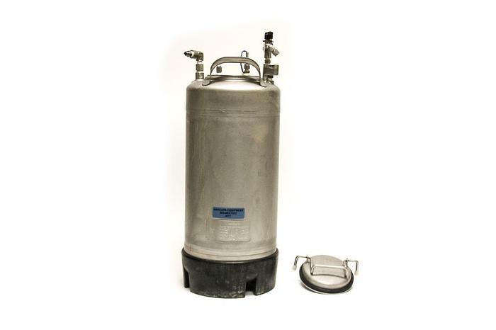Used Apache Stainless Equipment Corp Pressure Vessel 4.5 Gallon T316L 165 PSI (4017)