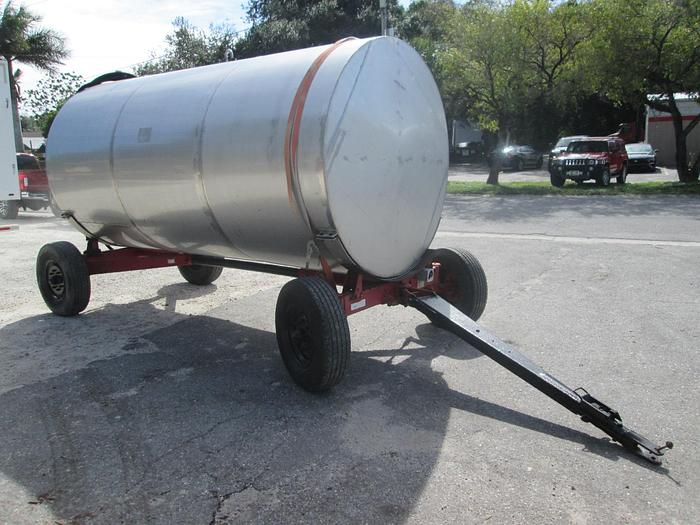 Used Knowles Off Road Fuel Tank and Trailer