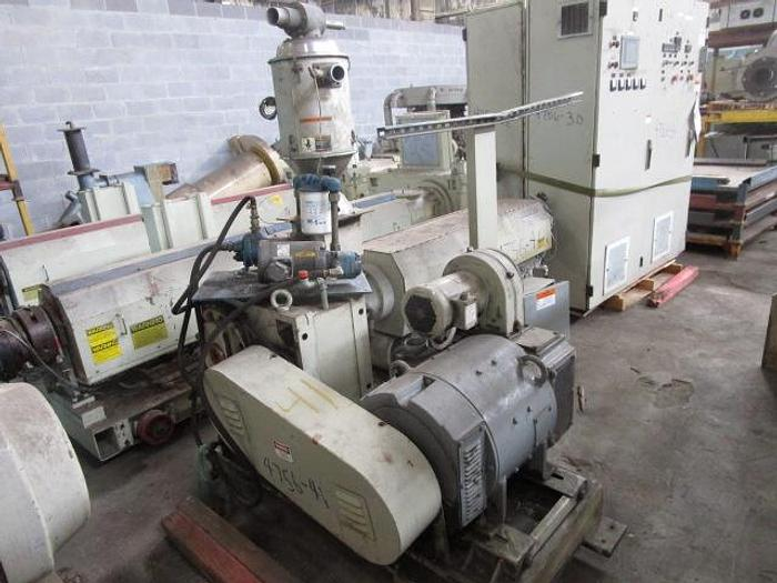 """Used 2 1/2"""" Berlyn LB Extruder with panel and drive"""
