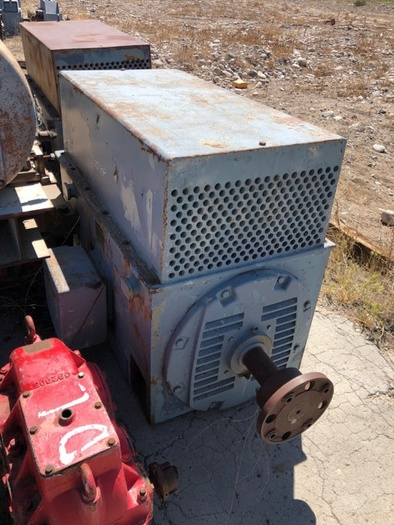 HB18254 electric motor GE 300 HP 4160 volts