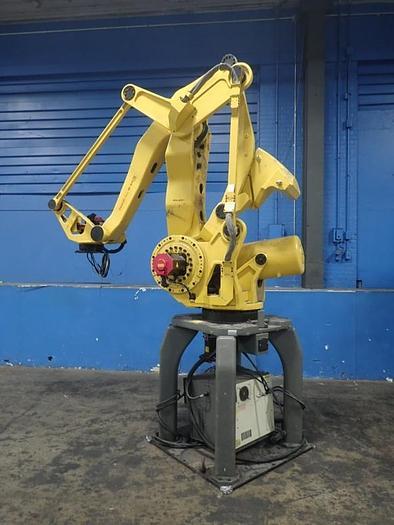 Used FANUC M41OiB/700 WITH R30iB CONTROL, CABLES & TEACH PENDANT