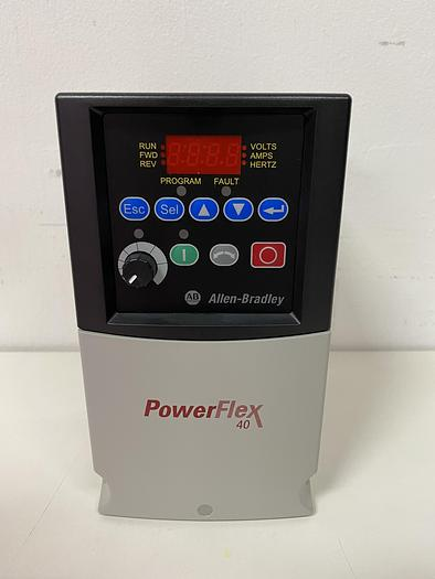 Allen Bradley 22B-D010N104 Power Flex 40 AC Drive 5 HP