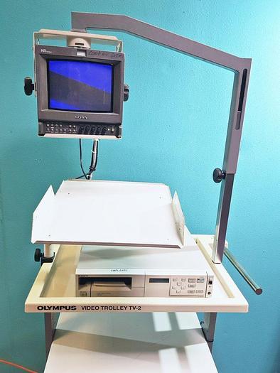 Gebraucht Olympus Video Trolley TV-2 mit Sony Farb-Video-Drucker und Sony Monitor