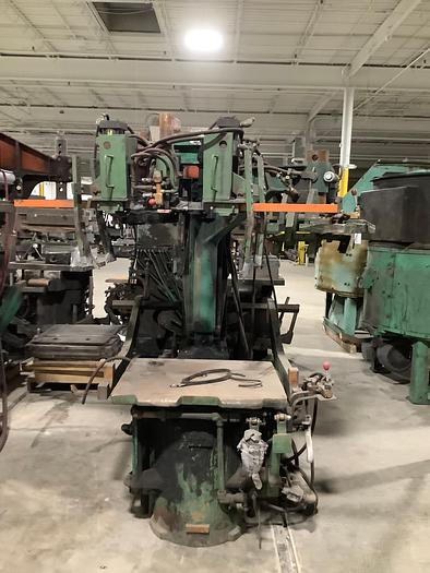 Used INTERNATIONAL PVTJS ROTALIFT MOLDING MACHINE