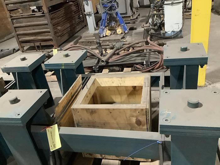 Used SUPPORT LEGS AND SPRINGS FOR FEEDER