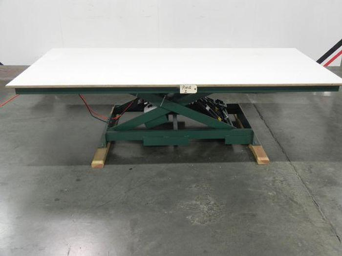 Marcon D-2500-4000 Lift Table