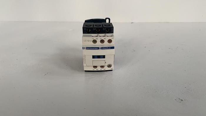 Telemecanique LC1D12V7