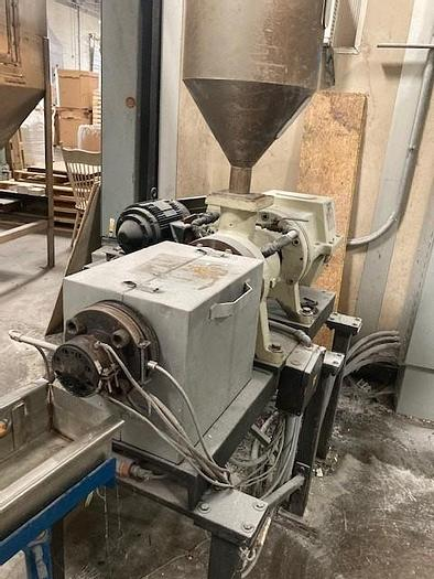 """Used 1"""" EXTRUDER WITH AIR KNIFE AND PELLETIZER (#9943)"""