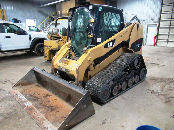 Used 2008 CATERPILLAR 277C