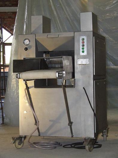 Używane Linia do nacinania tenderyzacji i rozbijania ugniatania mięsa