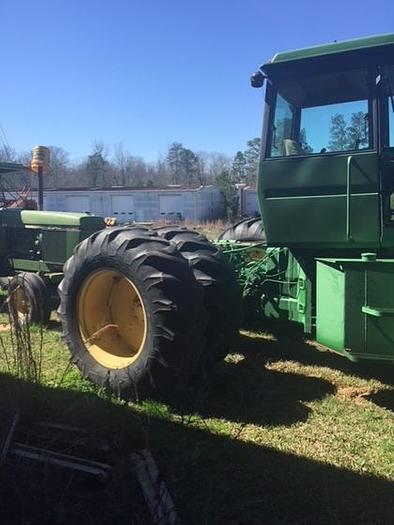 JOHN DEERE 8430H Articulating Tractor