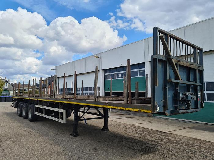 Used 1996 Pacton TXD 344 Flatbed with timberstakes