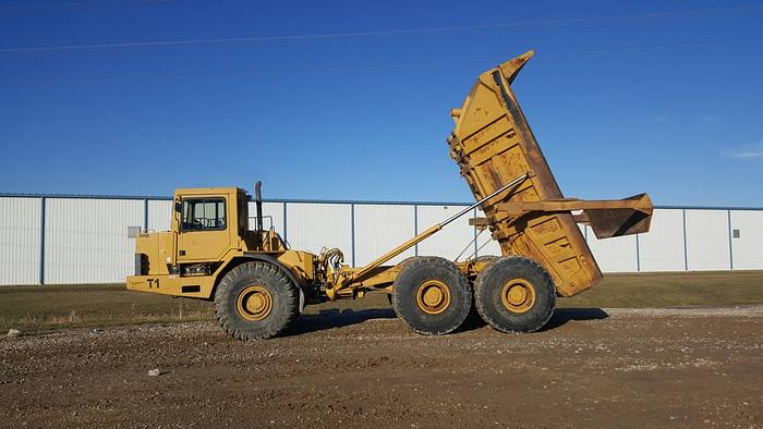 Articulated Dump CAT D400D D400D