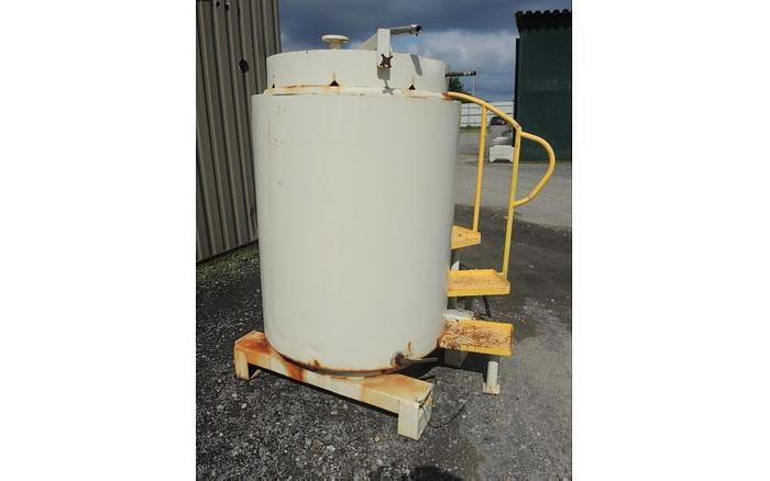 USED 270 GALLON TANK (TOTE), STAINLESS STEEL, WITH HEATING/COOLING COILS